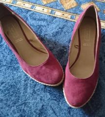 Cipele ciklama boje
