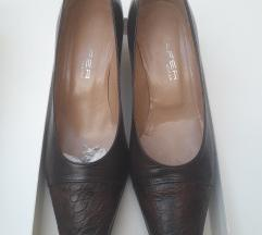 Smeđe kožne cipele 39