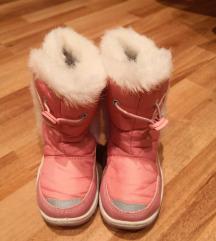 Zimske čizme vel. 25