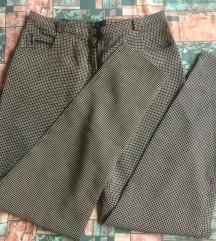 Karirane hlače 38
