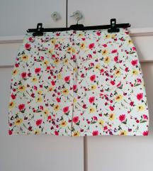 Zara traper suknja bijela mini cvjetni uzorak pink