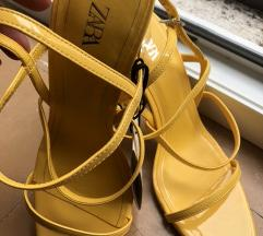 Zara nikad nošene sandale