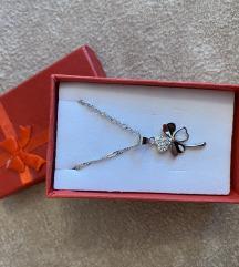 Nova srebrna ogrlica djetelina