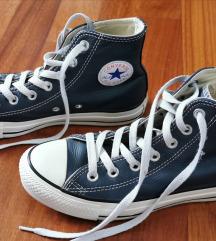 Tamnoplave kožne starke Converse