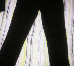 Crne hlače nove vel 42