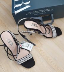 Zara blue collection kožne sandale s cirkonima