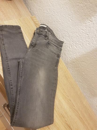 Zara premium jeans hlače
