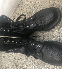 Dr Martens cizme