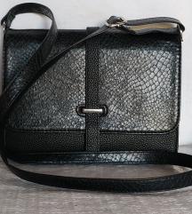 Crna torba iz Asosa (Monki)