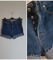 Kratke hlačice visok struk