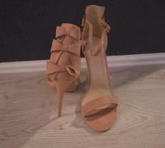 Sandale s masnicama puderasto roze