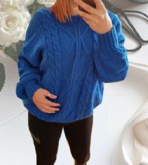Kraljevsko plavi oversized pulover 🎀
