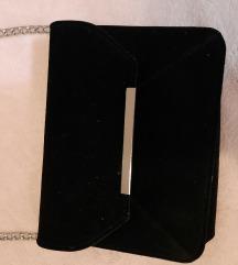 Mala baršunsta torbica