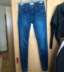Zara novi jeans