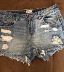 Kratke hlačice + poklon narukvica