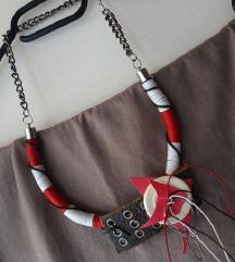 Ogrlica (SNIŽENJE DO 21.06. -110kn)