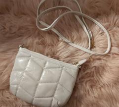 Mala bijela torbica