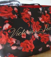 Danas 220 kn - Secret ljetna torba