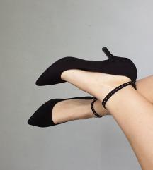 Crne ženske cipele