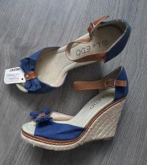 NOVO sandale + 2 ruksaka