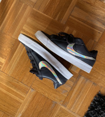 Nike tenisice vel 39
