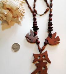 Drvena ogrlica za ljubitelje neobičnog nakita