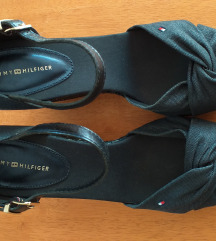 Nove Tommy Hilfiger sandale