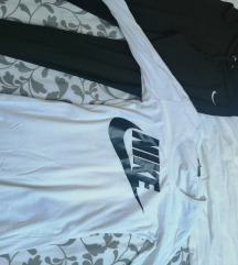 Nike komplet trenerka i majica AKCIJA