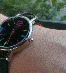 Ženski sat s kožnim remenom, 50 kuna