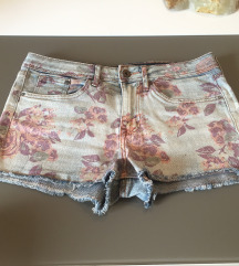 Kratke floral traper hlačice