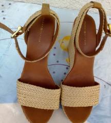 Tommy Hilfiger ženske platform sandale broj 41