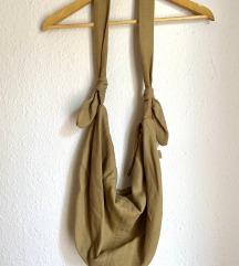 Vrećasta smeđa torba