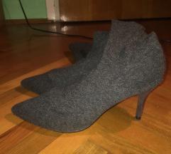 Sniženo!! 70kn Zara štikle na čarapu
