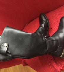 Zara visoke čizme