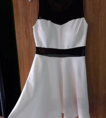 bijela lepršava haljina M