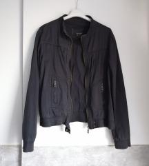Lagana crna jaknica