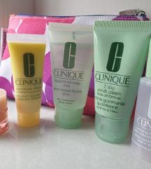 Clinique set + poklon torbica