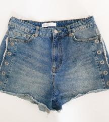 ZARA jeans šorc sa zakovicama