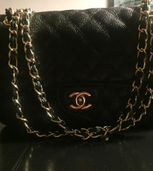 Crna kožna torba