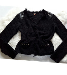 Only knit pulover sa zakovicama, kao novi