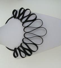 Ogrlica od kaučuka