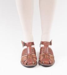 Kožne vintage sandale
