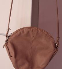 Nova HM torbica boje pudera!!!