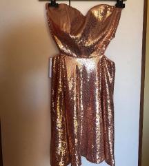 Šljokičasta haljina s prorezima