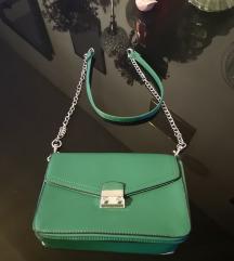 Zelena Stradivarius mala torbica