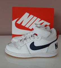 Nike 28.5