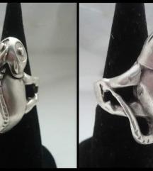 Prsten gušter