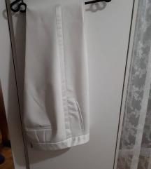 Zara bijele hlače od smokinga