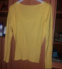 Dekoltirana žuta majica