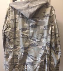Sportska jakna- sako sa kapuljačom